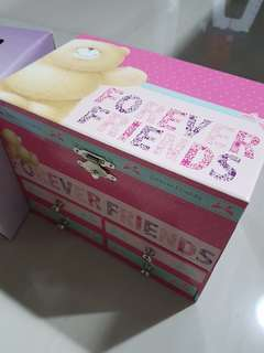 Cute Forever Friends Jewellery Box