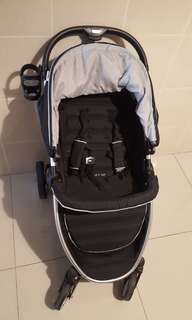 Hauck lift up 4 stroller ( price reduced )