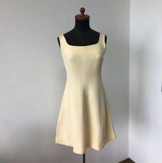 Prada 💯 Silk Dress ( Size 38 M )(Made in 🇮🇹)( Wifey Maternity Sale)
