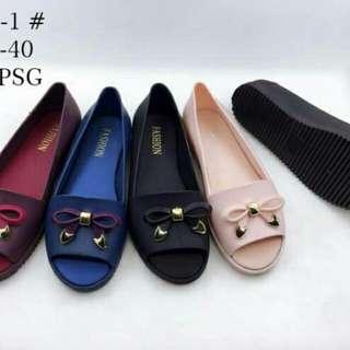 Sepatu sandal wanita jelly ribbon mutiara