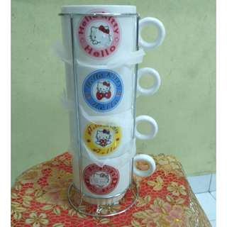 A07 - hello kitty cup