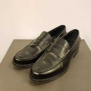 Tods Men size 6 black leather shoes