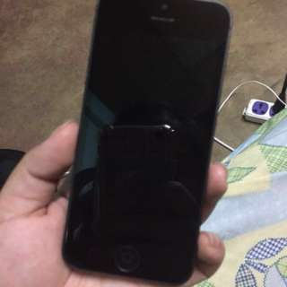 iPhone 5 (16 gb; Black)
