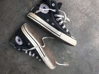 All star warna hitam