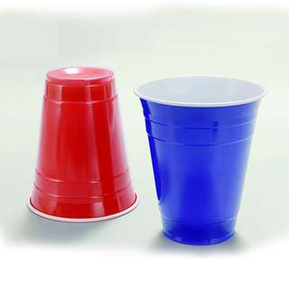 Red and Blue Party Cups :: Beer pong cups