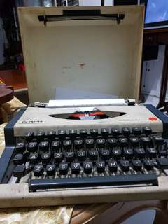 Type Writer (Ribbon)