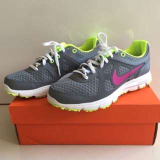 100% Authentic Nike Lunarlon Flex Trainer 2