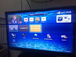 Samsung 32 Smart HD TV UE32EH400
