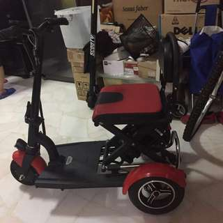 E-scooter  personal mobile device (pmd)