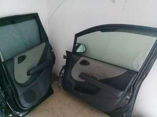 Honda jazz door and back side bonet