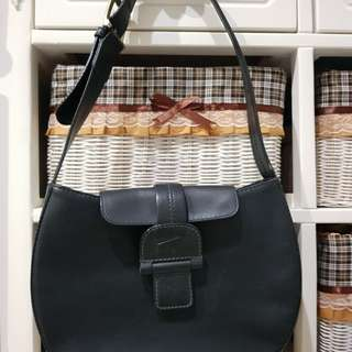 Braun Buffle Black Sholder Bag