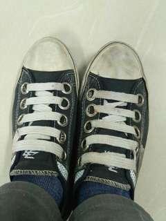 Sepatu nias #FISIPUNIS