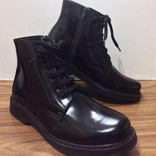 Jules Verne Pantoufle Boots code. 5504