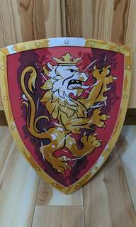 Kids knight foam shield (new)
