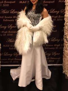 Fur shawl for rent
