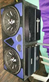Double Subwoofer dan 2 Amplifier Brand MOHAWK