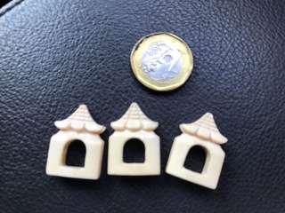 Ivory mata puteh bird cage clip holder
