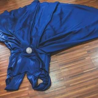 Gown (navy blue)