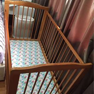 Used Baby Cot with mattress