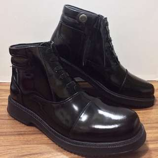 Jules Verne Pantoufle Boots Shoes code. 5506