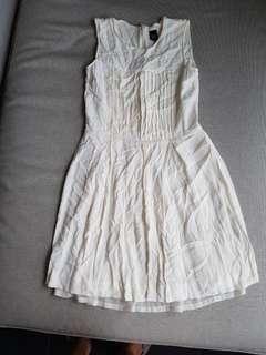 Gg5 whitw dress