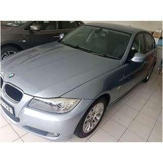 Selling BMW 318i Sedan Auto