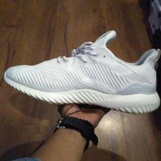 Adidas alphabounce x parley white size gajah masuk