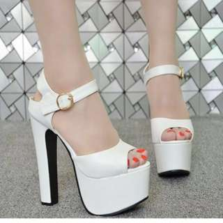 [NEW] White Heels