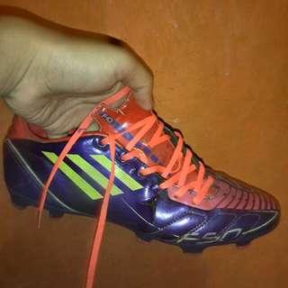 sepatu bola adidas f10 size 42