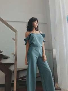 Suzy Clothing Separates/Terno