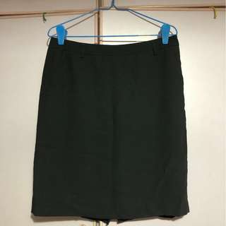 G2000 black office skirt with pockets