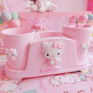 Hello Kitty Toothbrush Holder Set