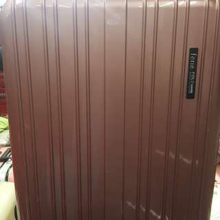 """LUGGAGE. Brand. Ferie POLO. SIZE.  28"""" SET. BLACK AND ROSE GOLD ( 3 Year Warranty )+852 93324622 (LIVERY FREE IN MTR STATION."""