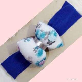 Pillow bow turban