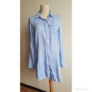 LONG BLUE SHIRT