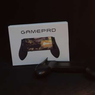 Universal Gaming Pad controller can fit all phones grip