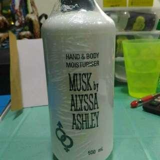 MUSK by ALYSSA ASHLEY
