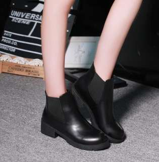 [PO] Low-heeled Ankle Boots