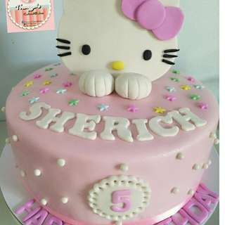 Hello kitty cake cake