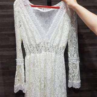 Free mail- long sleeve lace dress top white
