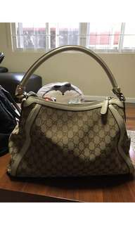 Gucci bag preowned