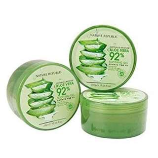 Nature Republic Soothing & Cooling 92% Aloe Vera
