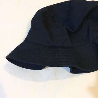 Uniqlo fisherman hat