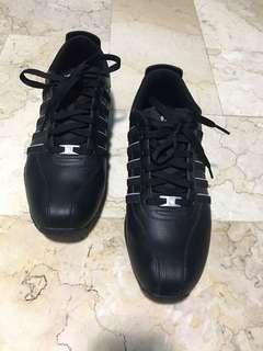 K swiss sneakers size 9