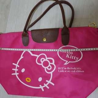 Pink hello kitty bag