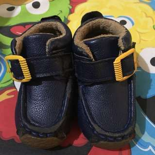 Navy shoes kids