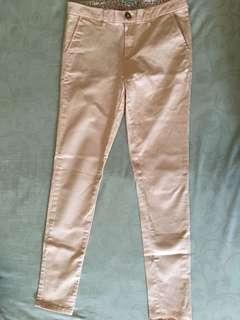 Peach Pants Colorbox