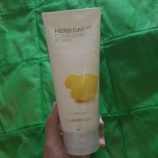Thefaceshop lemon cleansing foam 170ml