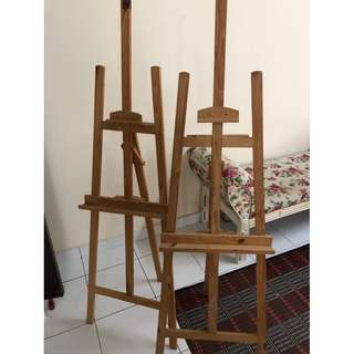 Paint canvas holder
