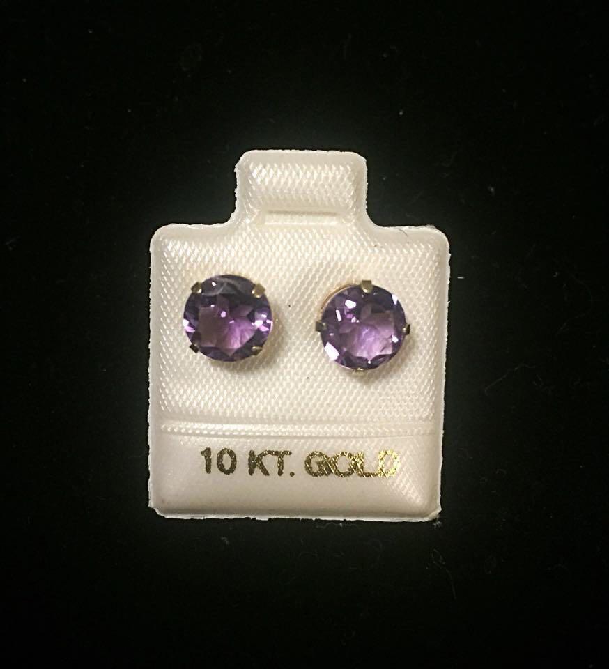3ct Amethyst 10 it gold earrings